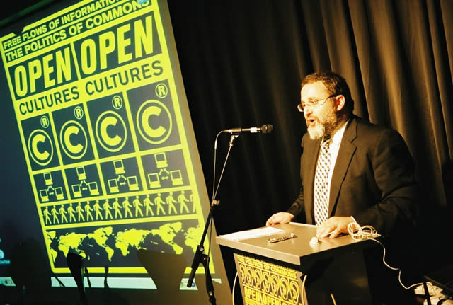 Eben Moglen at OpenCultures conference 2003; Image courtesy t0 / WorldInformation.org