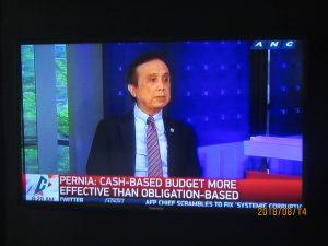 ANC 新聞頻道早上有相當嚴肅的國家大事論壇性的報導