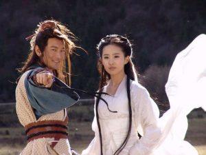 2006年中國大陸版《神鵰俠侶》劇照,主角為劉亦菲和黃曉明。