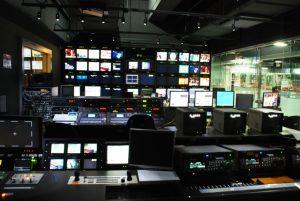 文化局年代,也是台灣第一次要就廣播電視立法。電視台示意圖,圖片授權:Michaellaumy (CC BY-SA 1.0)